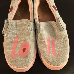 Girls Toms Size 10